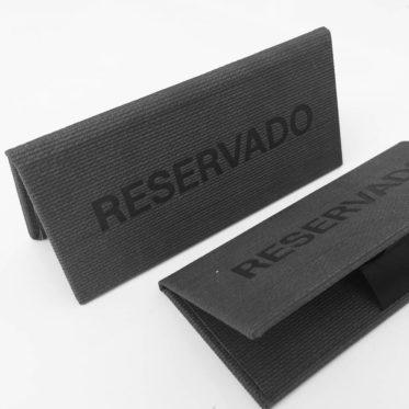 Placas de Reservado em sintético
